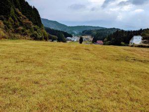 秋のゲレンデ風景